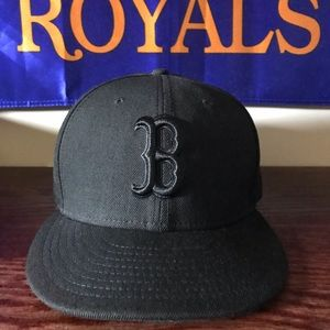 New Era Boston Red Sox Black Size 7 1/4 ~BrandNew~